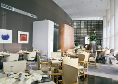 Dining_room_golf_club