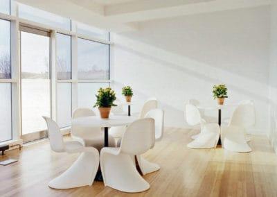 Minimalistic extravagant chairs